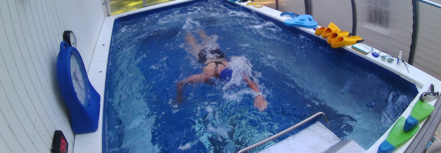 Triathlon training pool swimming pool training at home for Swimming pool certification course