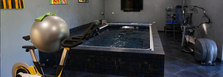 Basement swimming pools pool inside house endless pools for Basement swimming pool cost